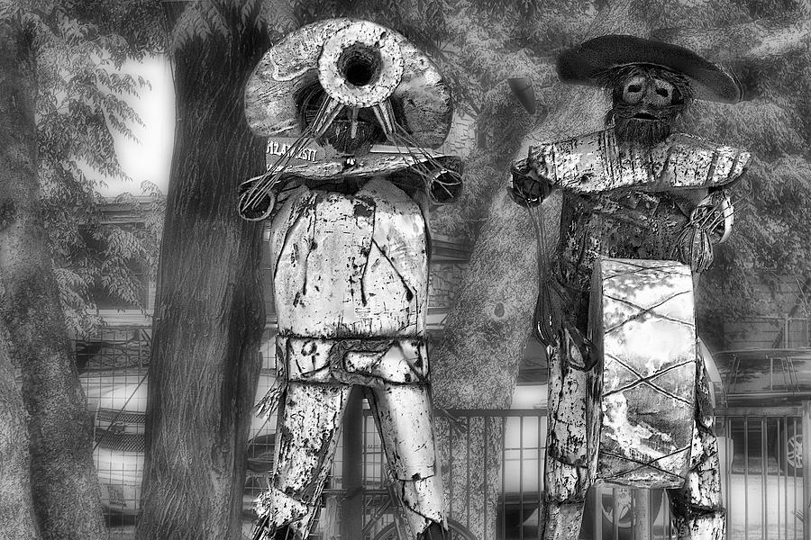 Sculpture Digital Art - Austin Musical Duo 2 by Linda Phelps