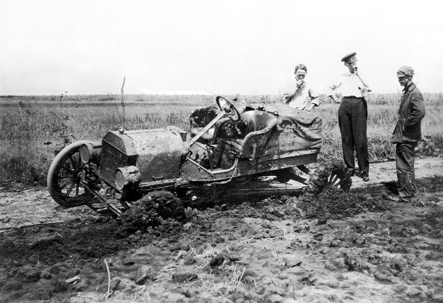 1909 Photograph - Automobile Race, 1909 by Granger