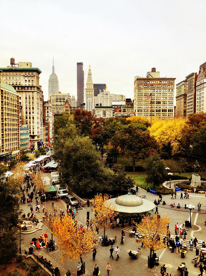Nyc Photograph - Autumn - New York by Vivienne Gucwa