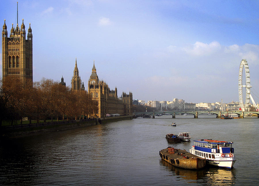 River Photograph - Autumn On The Thames    by Stephen Norris