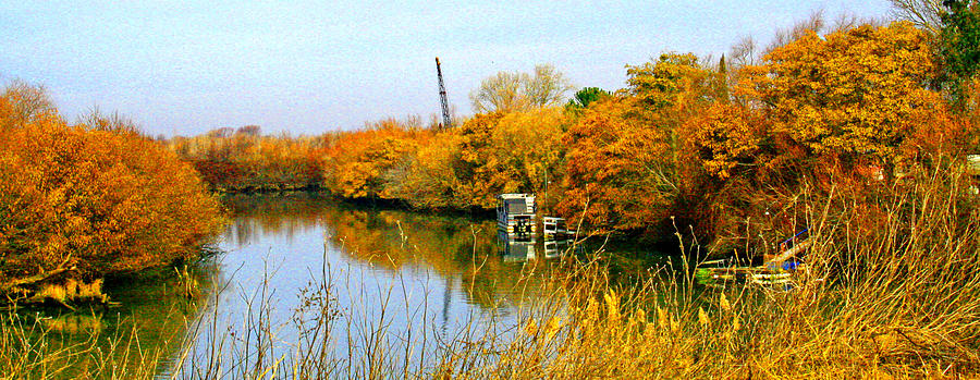 Autumn Photograph - Autumn Weekend On The Delta by Joseph Coulombe