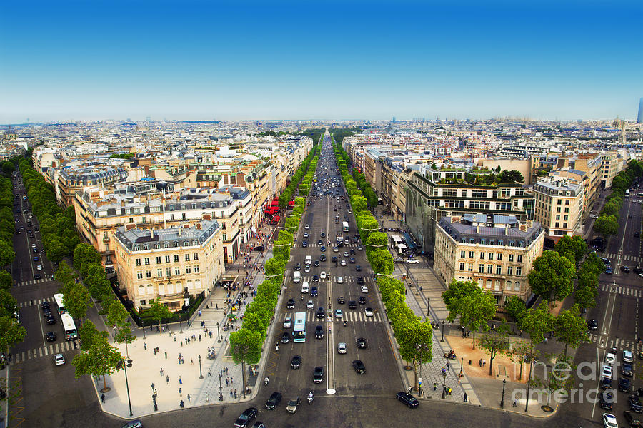 Avenue des champs elysees in paris france photograph by for Photo de paris