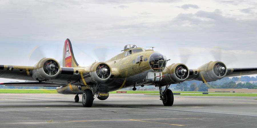 B17 Photograph - B-17g by Dan Myers