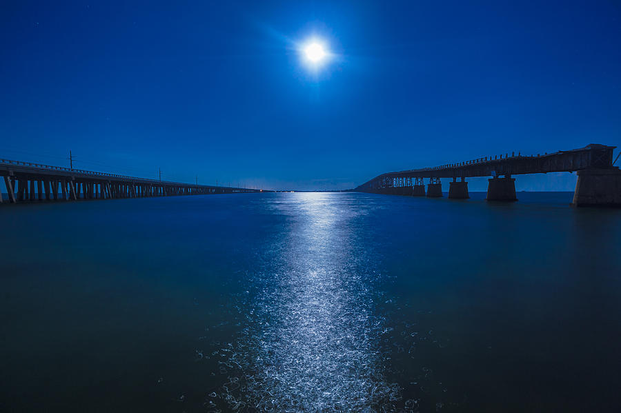 Bahia Honda Key Photograph - Bahia Moonrise by Dan Vidal