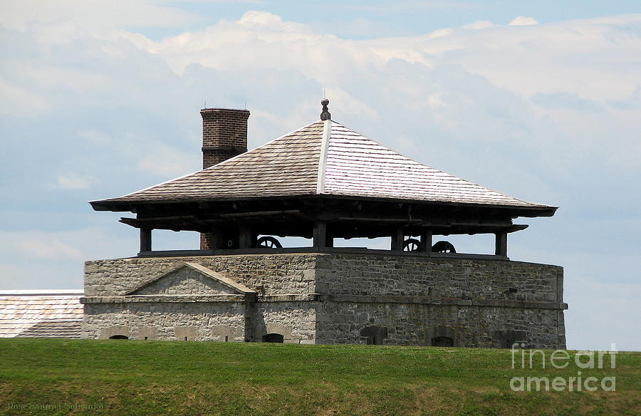 Bake House Photograph - Bake House At Old Fort Niagara by Rose Santuci-Sofranko