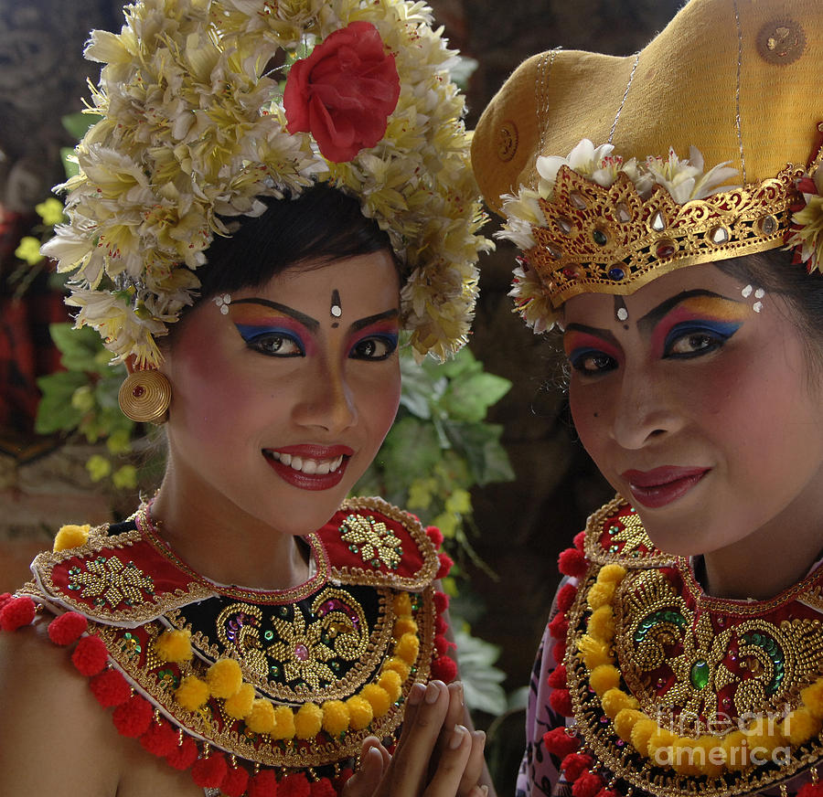 Bali Women Photograph - Bali Beauties by Bob Christopher