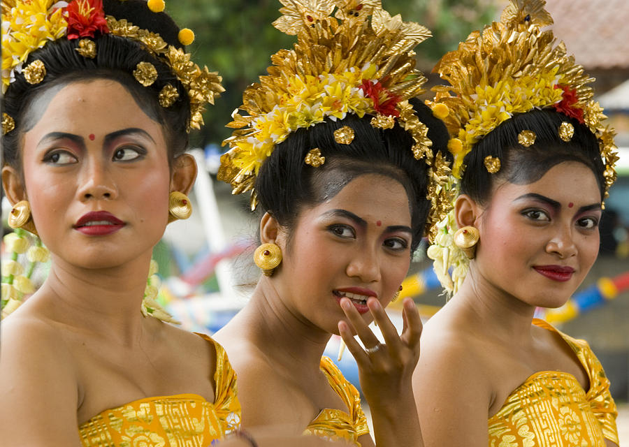 Glamour Photograph - Balinese Dancers by David Smith
