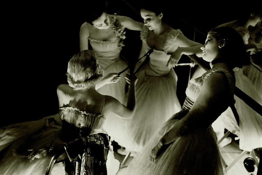 Ballerinas In Radio City Music Hall Photograph by Remie Lohse