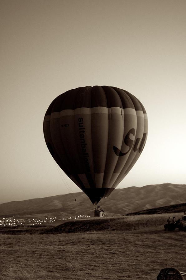 Nature Pyrography - Balloon2 by Ernesto Cinquepalmi