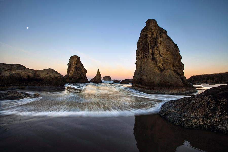Bandon Photograph - Bandon Tides by Pamela Winders