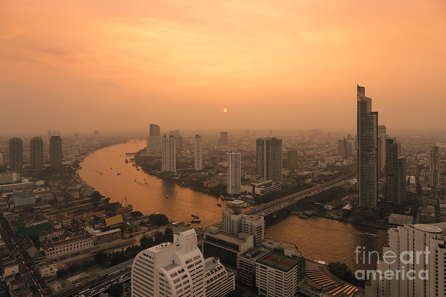 Bangkok Photograph - Bangkok 01 by Tom Uhlenberg