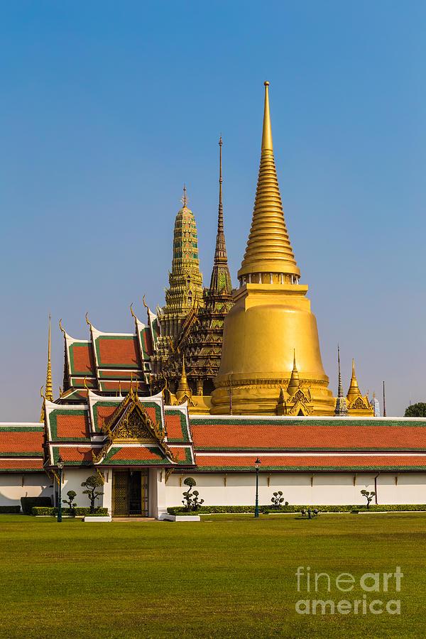 Bangkok Photograph - Bangkok 06 by Tom Uhlenberg