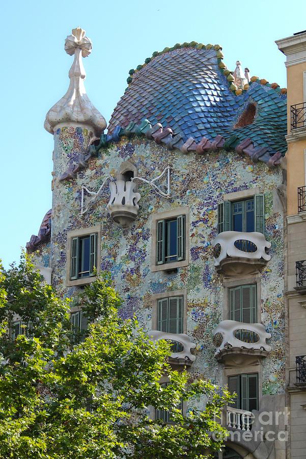 Barcelona Spain Photograph - Barcelona Spain by Gregory Dyer