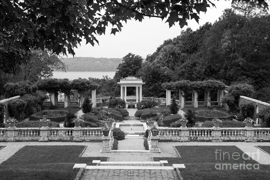 Bard Photograph - Bard College Blithewood Garden by University Icons