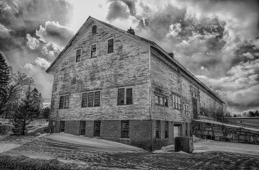 Augusta Photograph - Barn At Amhi   7k00333 by Guy Whiteley