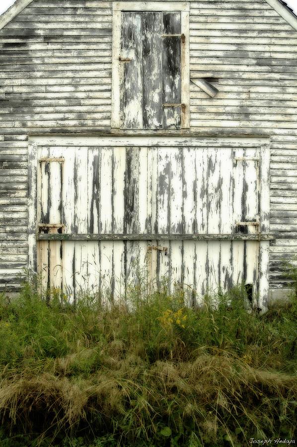 Barn Photograph by Joseph Hedaya