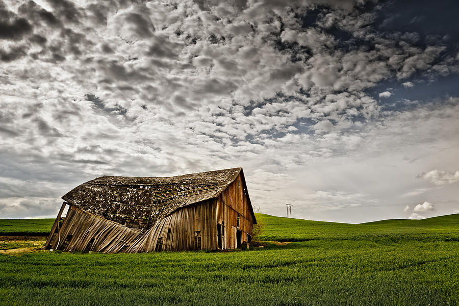 Barn no.2 by Niels Nielsen