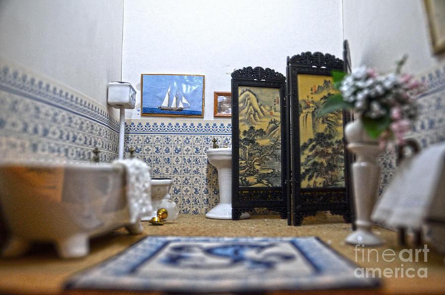 Doll's House Photograph - Bathroom For Royal Dolls by RicardMN Photography