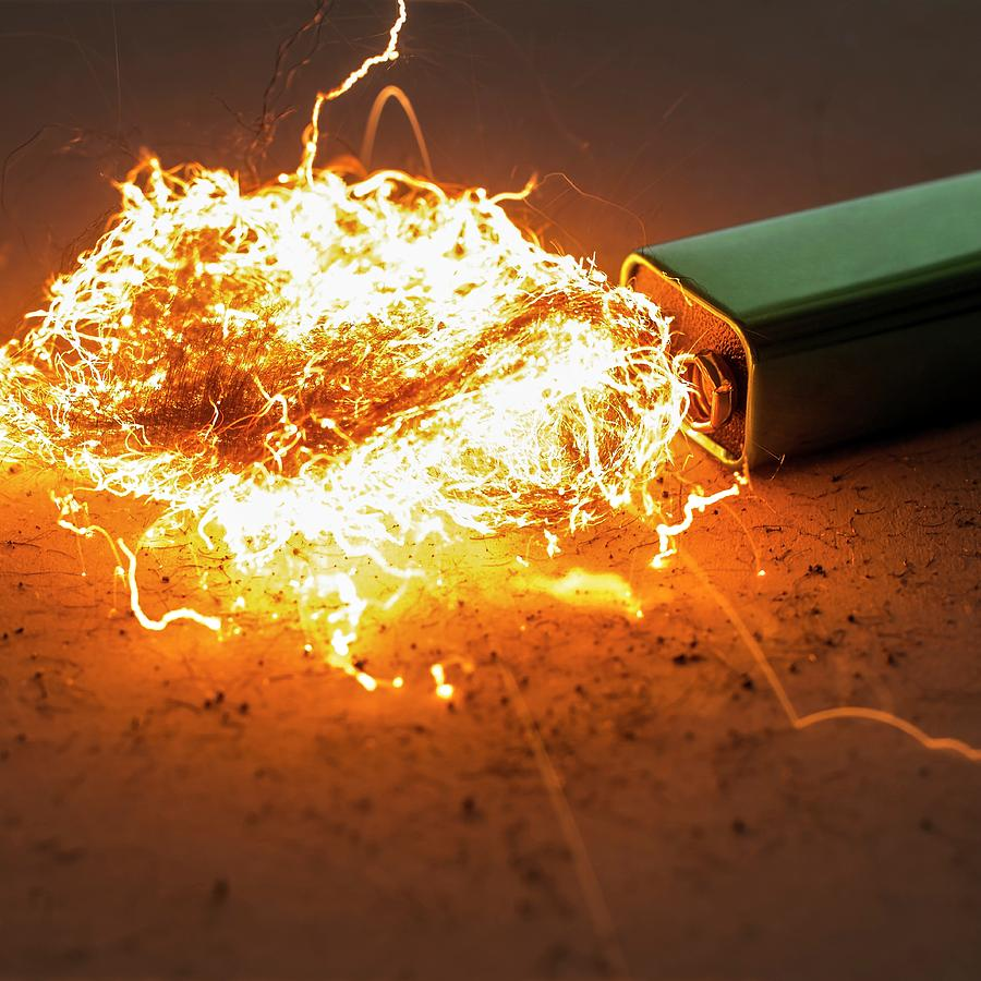 Battery Photograph - Battery And Steel Wool by Science Photo Library