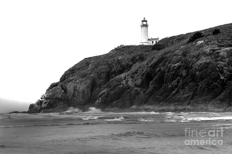 Black And White Photograph - Beach View Of North Head Lighthouse by Robert Bales