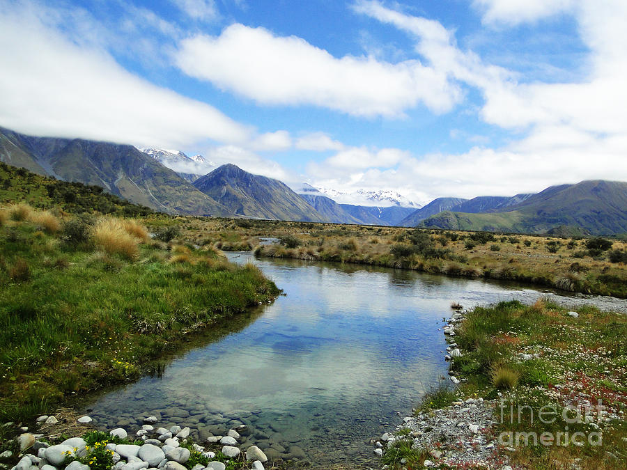 Nature Photograph - Beautiful New Zealand by Ben Yassa