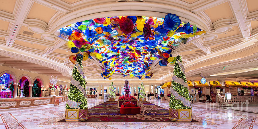Bellagio entrance christmas decorations photograph by for When does las vegas decorate for christmas