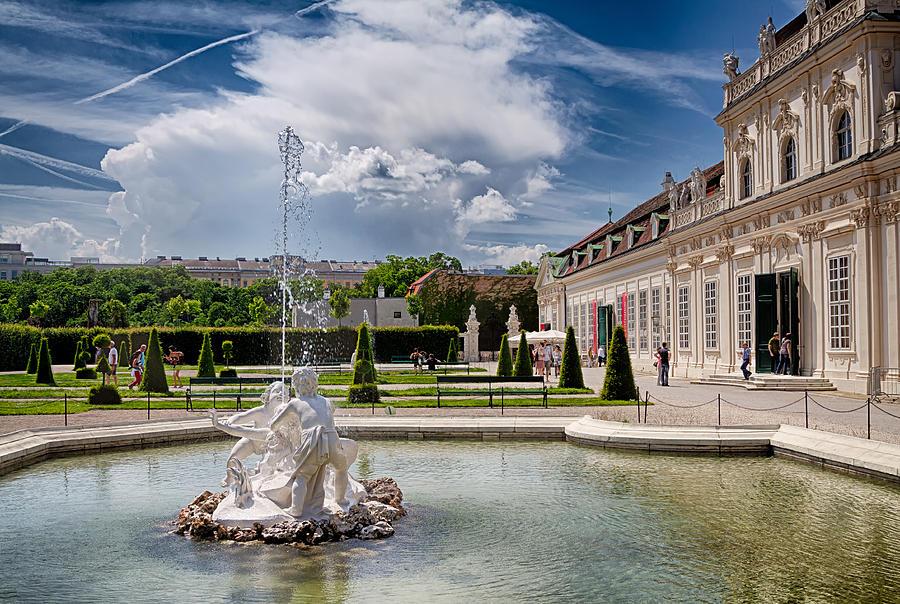 Vienna Photograph - Belvedere Fountains by Viacheslav Savitskiy