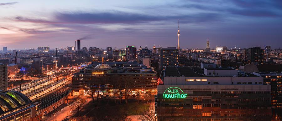Berlin Pyrography - Berlin - Skyline Ostbahnhof Panorama by Jean Claude Castor