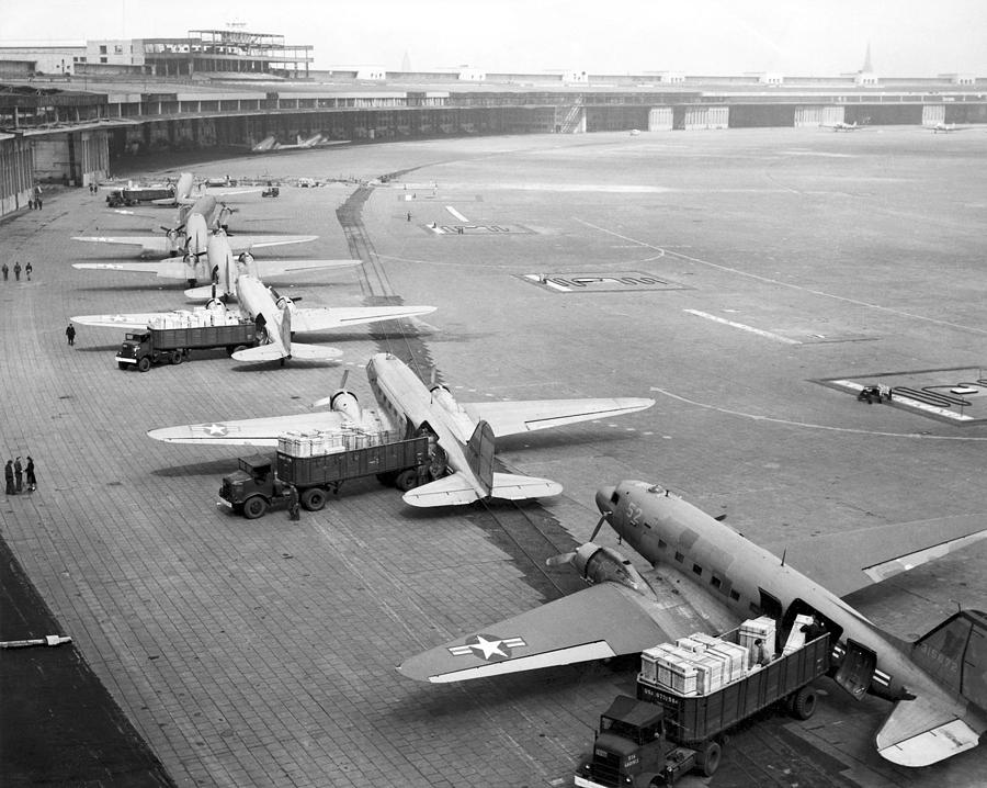 Berlin Airlift Photograph - Berlin Airlift Cargo Aeroplanes, 1948-9 by Science Photo Library