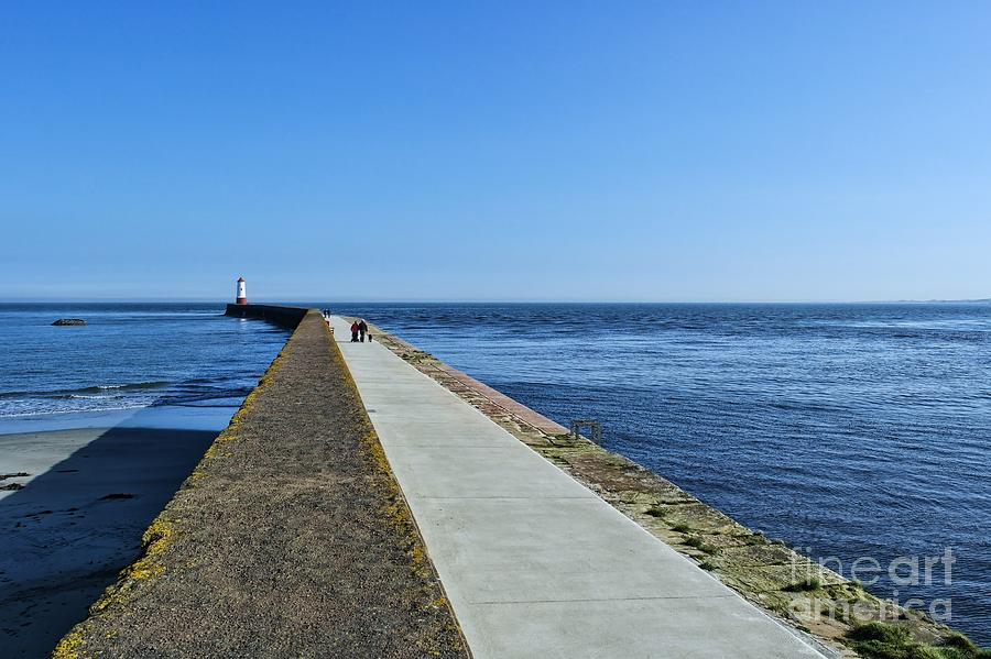 Lighthouse Photograph - Berwick Pier and Lighthouse by Les Bell