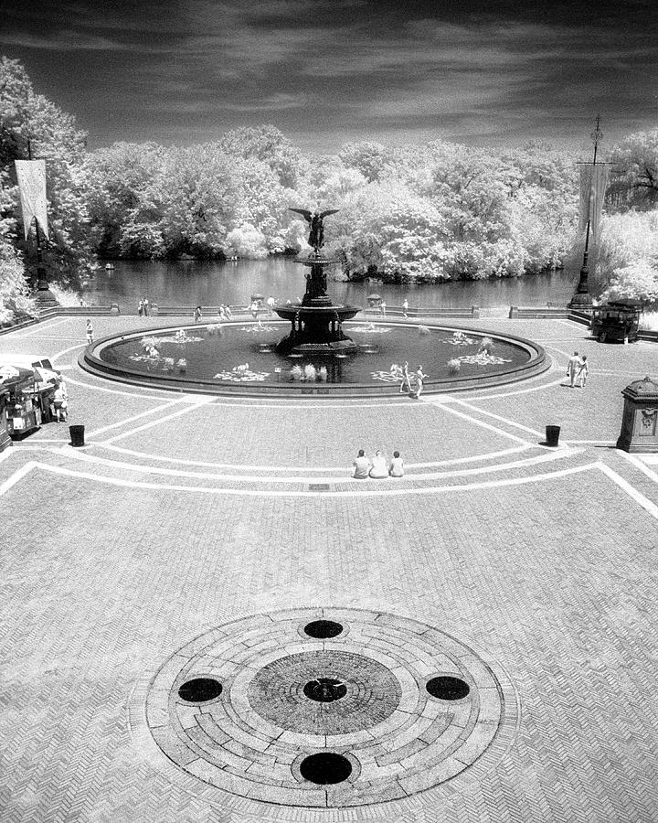 Nyc Photograph - Bethesda Plaza Central Park by Dave Beckerman