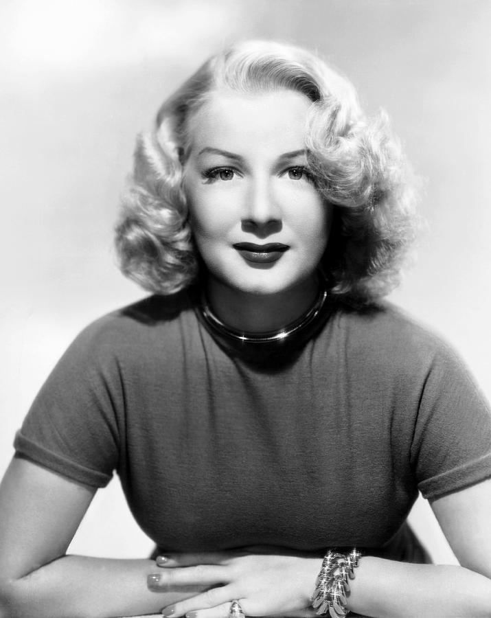 1940s Hairstyles Photograph - Betty Hutton, 1947 by Everett