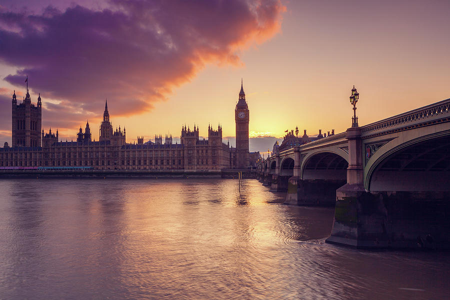 Big Ben And The Parliament In London At Photograph by Mammuth
