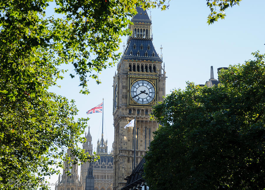 London Photograph - Big-ben by Ivelin Donchev