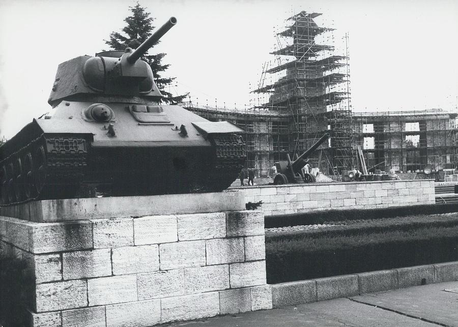 Retro Photograph - Big Building Site Berlin by Retro Images Archive