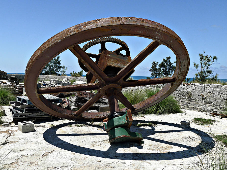 Cog Photograph - Big Wheel by Richard Reeve