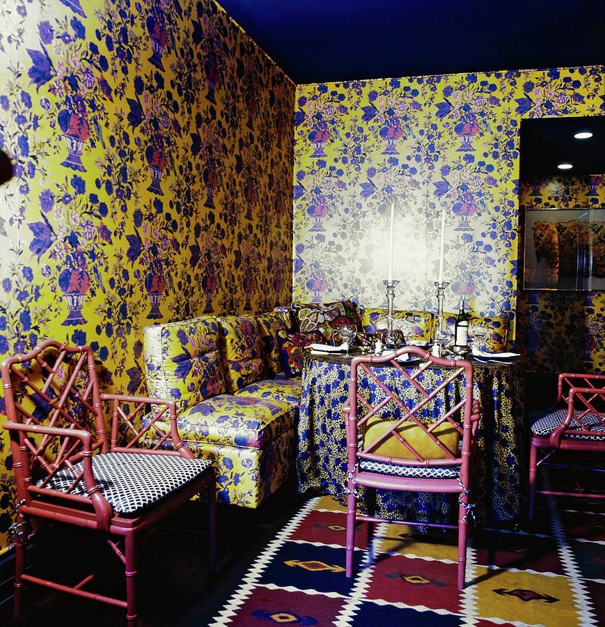 Bill Blass Dining Room Photograph by Horst P. Horst