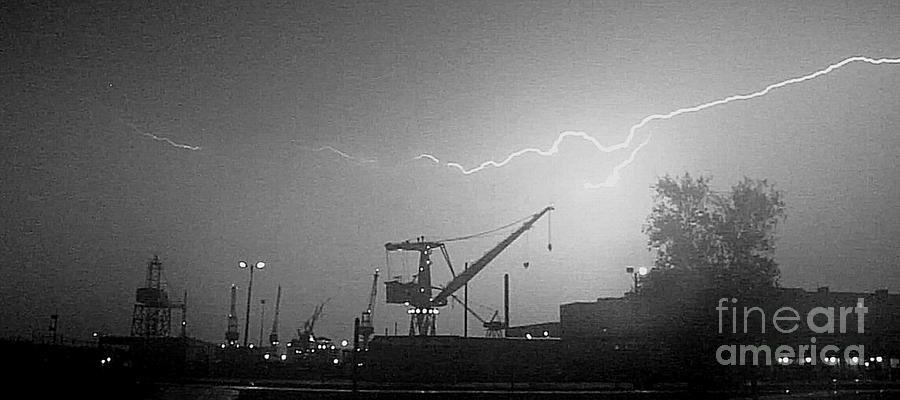 Biw Lightning 2 Photograph