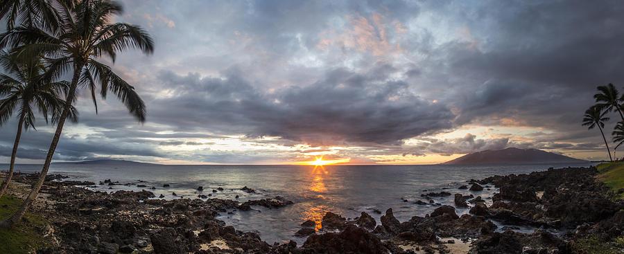 Hawaii Photograph - Blissful Shores by Brad Scott