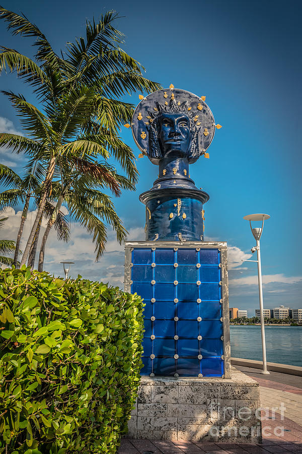America Photograph - Blue Crown Statue Miami Downtown by Ian Monk