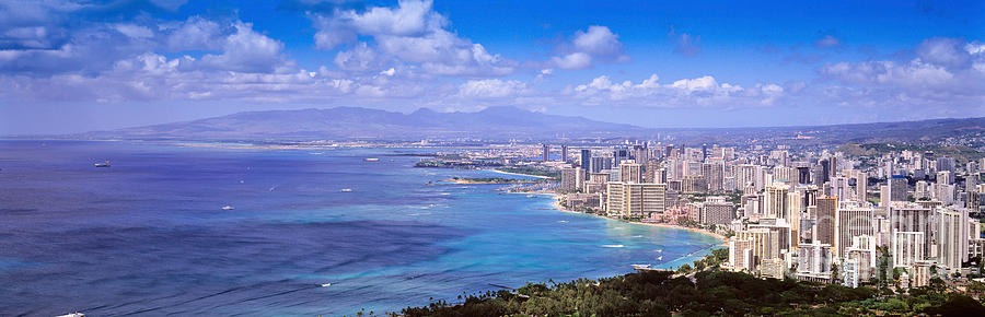 Waikiki Photograph - Blue Hawaii by Les Palenik