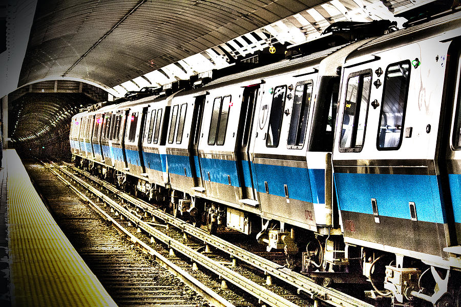 The T Photograph - Blue Line by Pedro Correa
