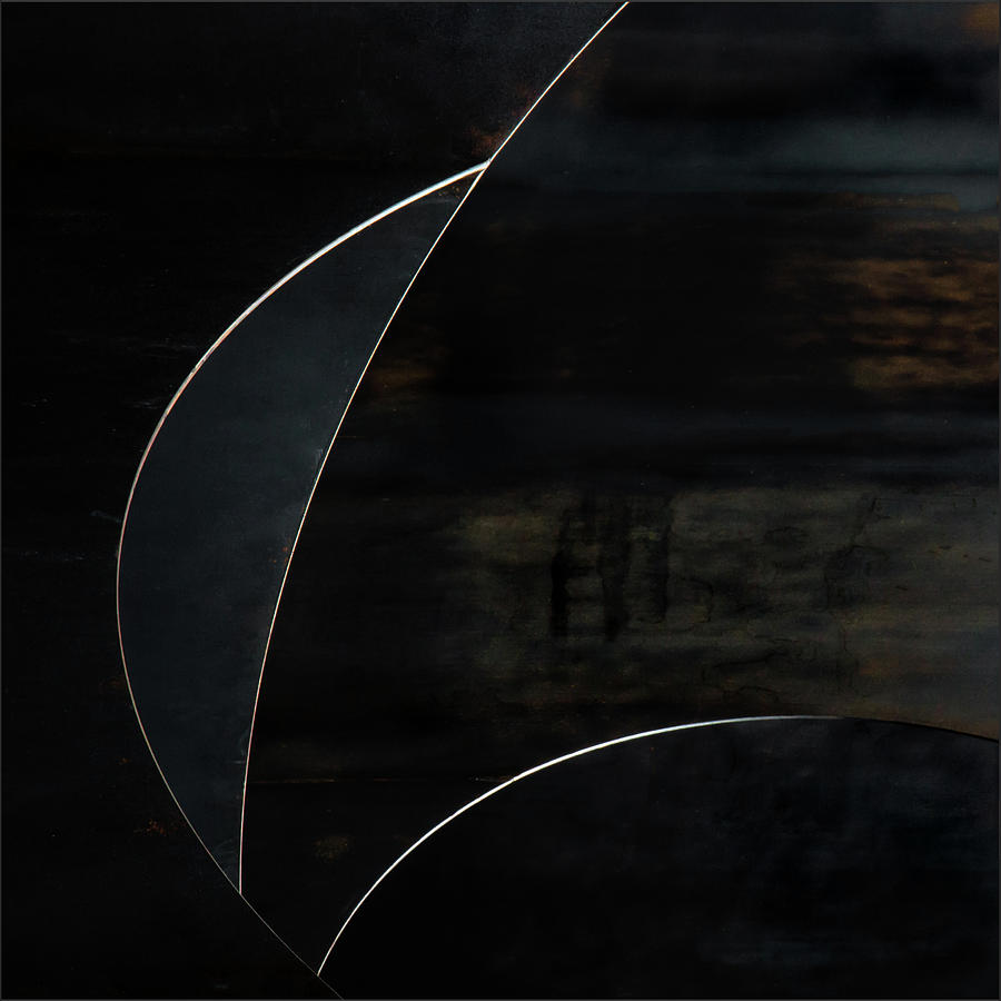 Abstract Photograph - Blue Moon by Gilbert Claes