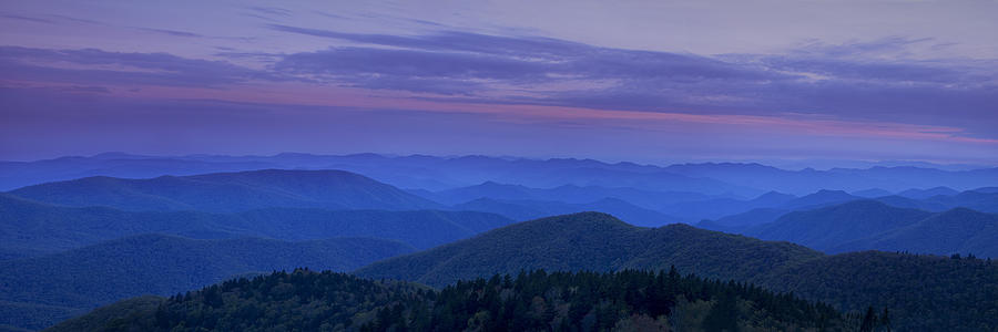 Blue Ridge Mountains Photograph - Blue Ridge Panorama At Dusk by Andrew Soundarajan