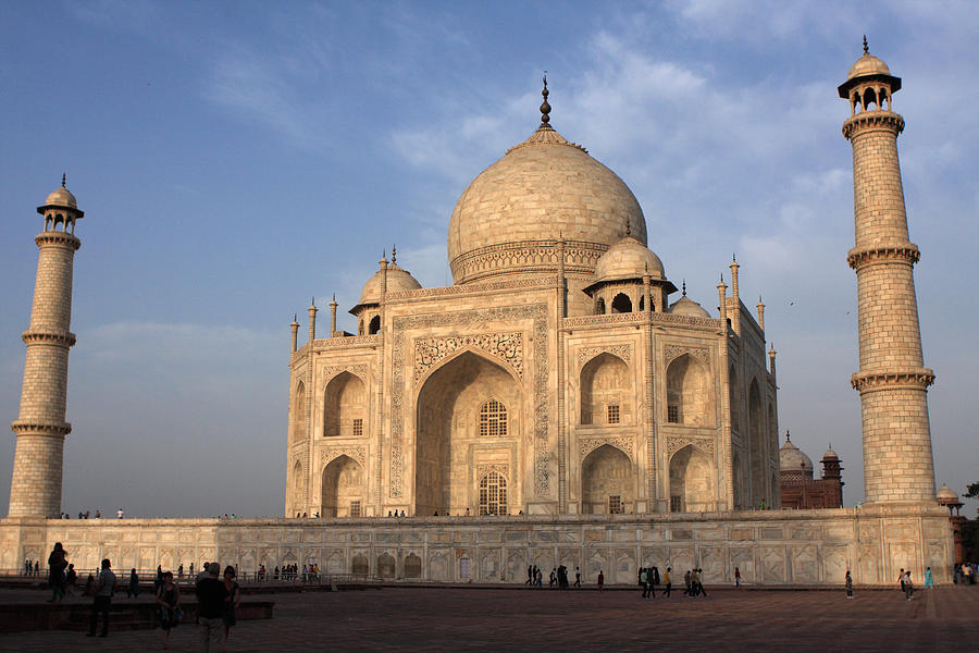 Taj Mahal Photograph - Taj Mahal In Evening Light by Aidan Moran