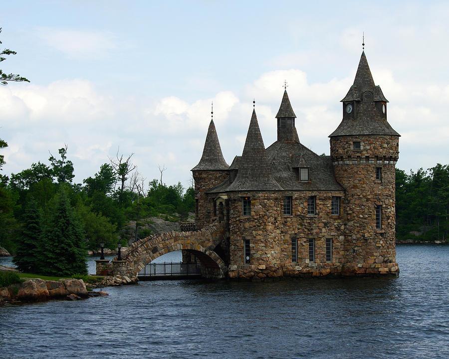 Landscape Photograph - Boldt Castle Powerhouse by Gary Benson