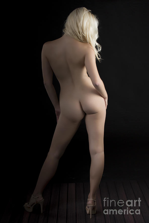 nude Girls back