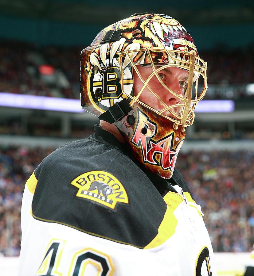 Boston Bruins V Vancouver Canucks Photograph by Jeff Vinnick