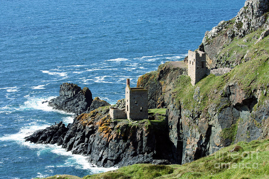 Crown Engine Houses Photograph - Botallack Crown Engine Houses Cornwall by Terri Waters