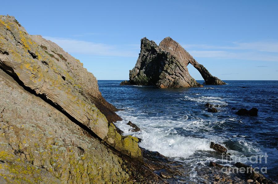 Bow Fiddle Rock Photograph - Bow Fiddle Rock In Scotland by John Kelly